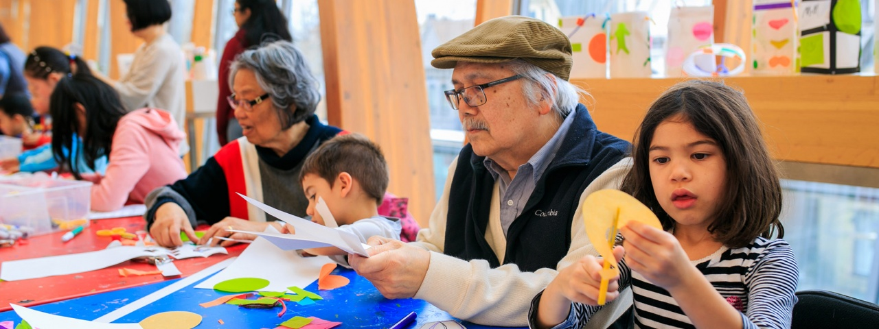 Families and children making art
