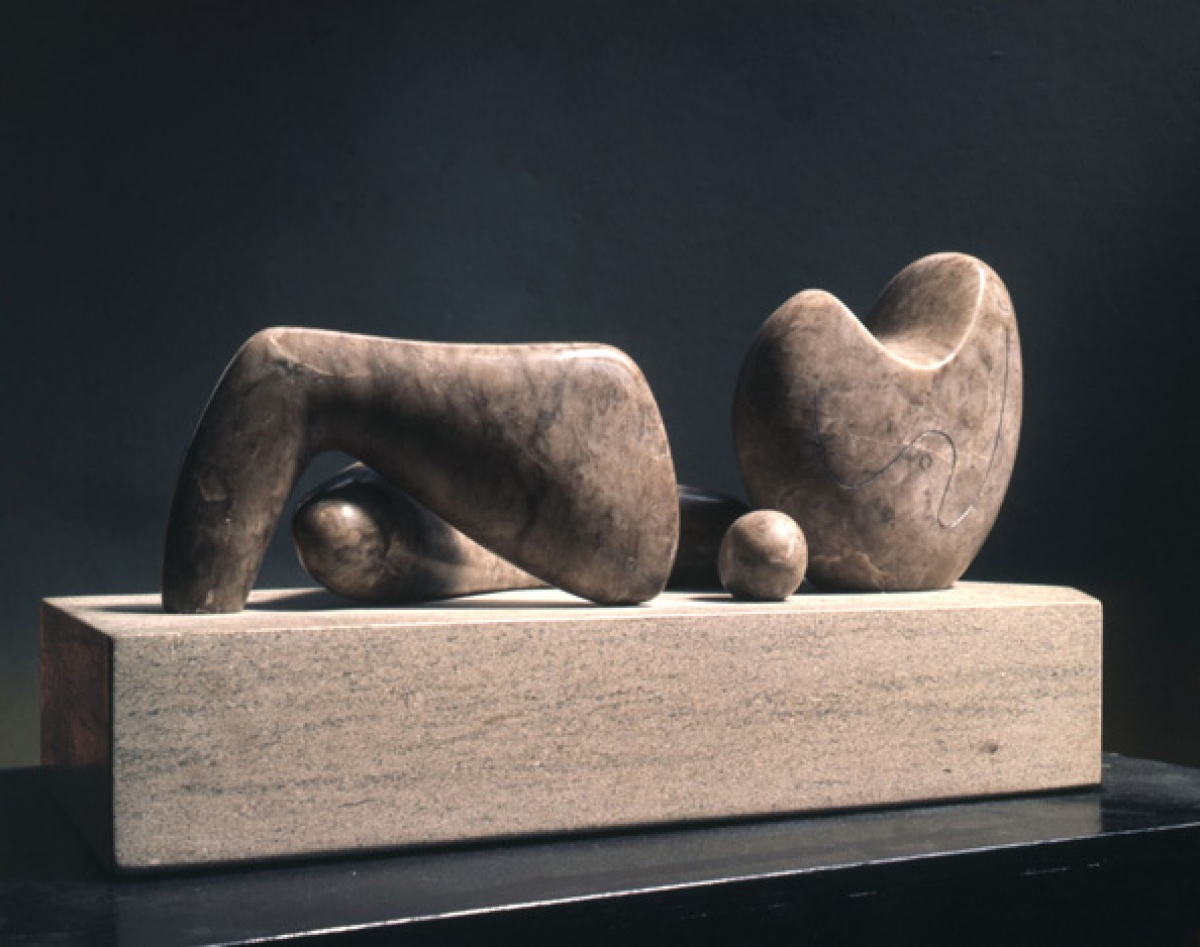 Henry Moore, Four-Piece Composition: Reclining Figure, 1934. @ 594px
