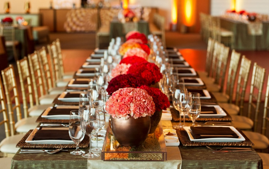 a long table setting