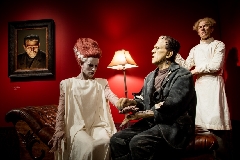 frankenstein and bride of frankenstein sculptures